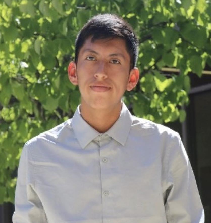 Headshot of Edgar Buendia Hernandez, the winner of the Robert J. Erickson Permanente Scholarship